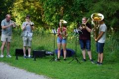 Musikalisch begleitete ein Teil der Kolpingbläser.
