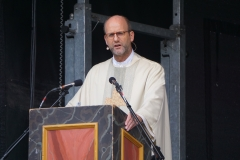 Präses Dekan Thomas Rauch bei seiner Predigt rund um das Thema Ehrenamt.