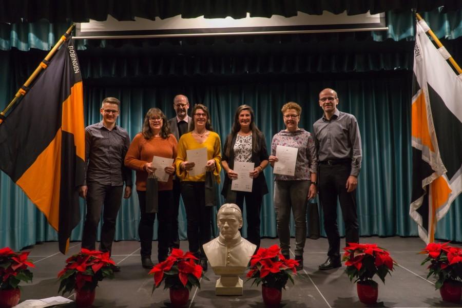 Gruppenbild der anwesenden Mitglieder, die für 40 Jahre Treue zum Kolpingwerk geehrt wurden.