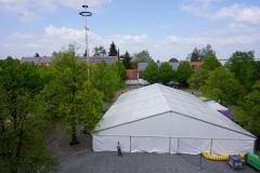 Maibaum 2019: Kaum steht das Zelt, da scheint auch schon die Sonne