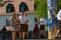 Maifest 2019: Der Bandltanz