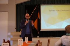 Präses Thomas Rauch eröffnete mit einem geistlichen Wort die Versammlung.