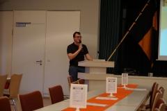 Jugendleiter Sebastian Grußler bei seinem Bericht.