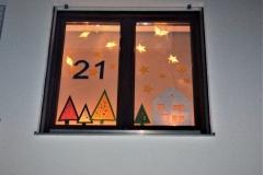Zum 21. Fenster waren wir zu Gast bei Familie Wiedl und hörten eine Geschichte von Leo Lausemaus, die der hl. Nikolaus gebracht hatte.